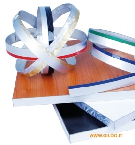 Bordi in pvc per mobili gildo profilati si pone all for Bordi in pvc