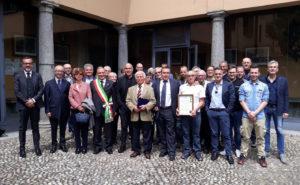 Foto di gruppo per il 50 anniversario della Gildo Profilati